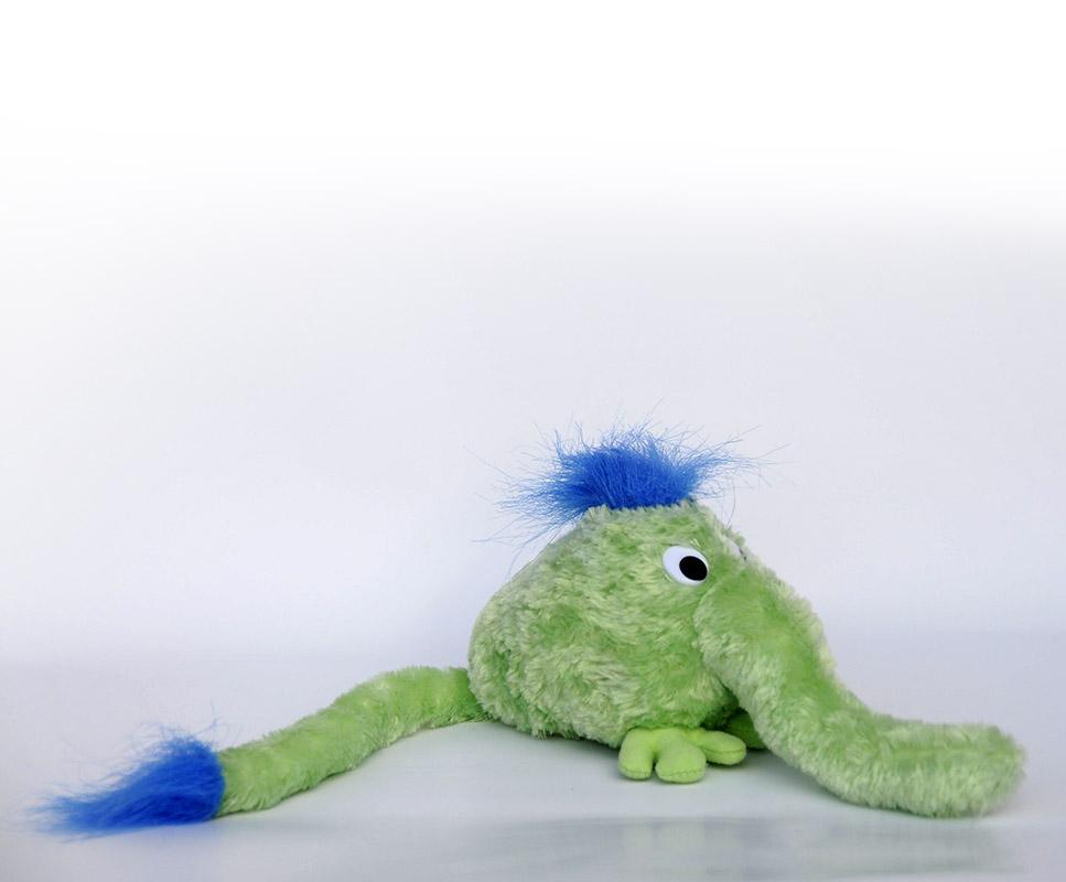 Pilfinger med blåt hår